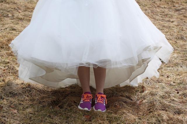 wedding-dress-2152098_1920